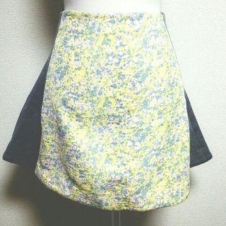 クライ フレアスカート