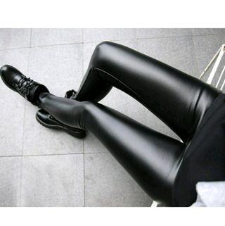 極暖レザーパンツ黒/裏起毛