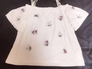 フラワー刺繍2weyオフショル【新品】White