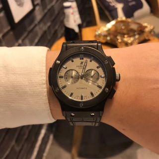 ウブロメンズ腕時計