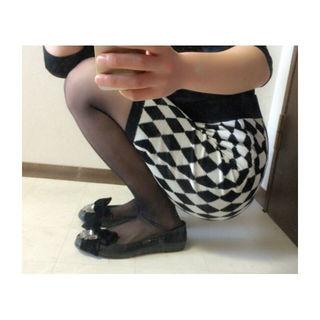 ペンシルタイトスカート