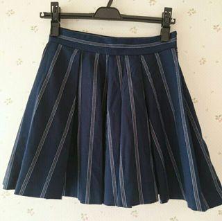 ココディールストライプスカート