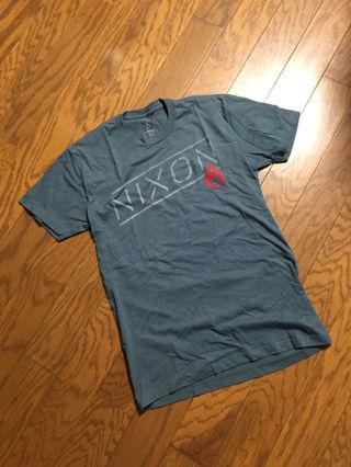 NIXON Tシャツ