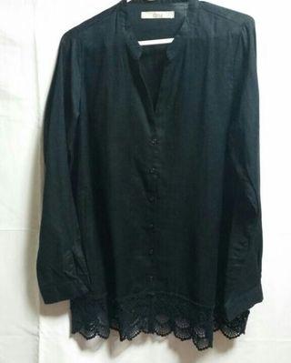 裾レースシャツ