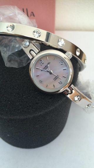 アレッサンドラ オーラ バングル 腕時計