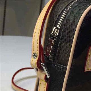LVsupreme メンズ ショルダーバッグ