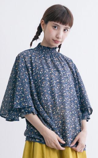merlot シャーリング襟 花柄シフォン ブラウス