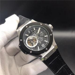 Hublotウブロ 自動巻き ウオッチ 腕時計