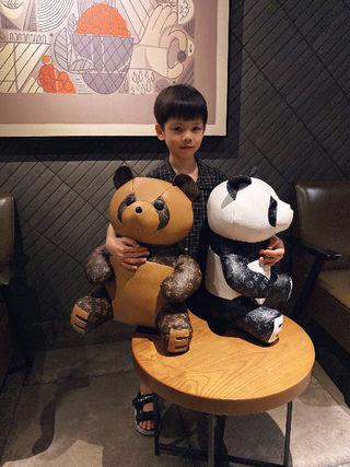 LV超可愛パンダ プレゼントで素敵(^O^)