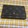 LOUIS  VUITTON財布