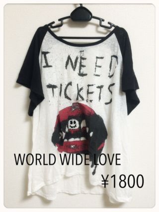 WORLD WIDE LOVE Tシャツ