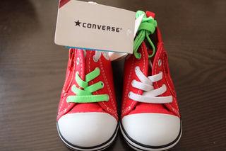 新品converseキッズ靴