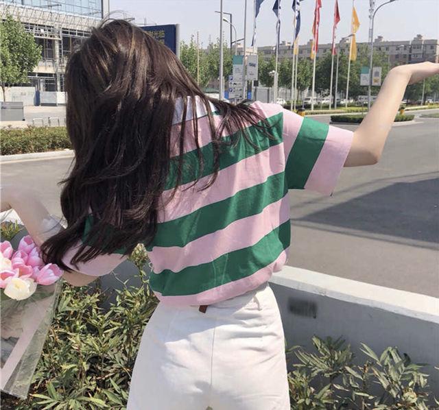 ピンク×グリーンのボーダーポロシャツ
