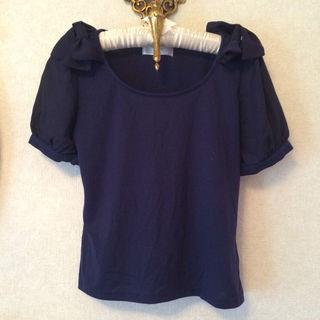 新品ネイビー リボンTシャツ
