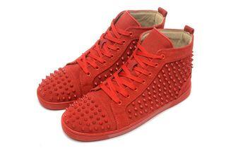 人気激増!クリスチャンルブタン靴