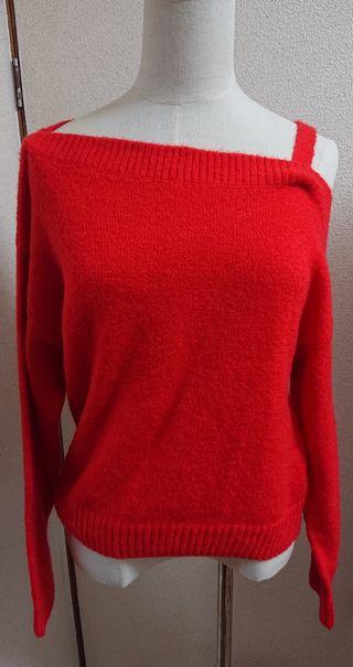 H&Mレッドオフショルダー肩見せニットセーター