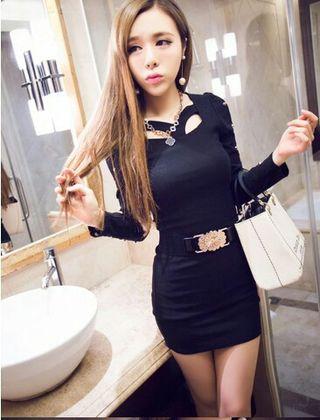 袖レースブラックタイトドレス