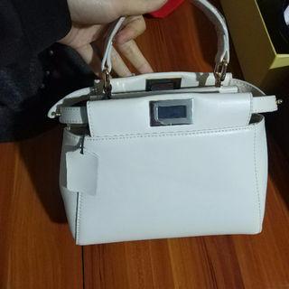 FENDI ミニハンドバッグ