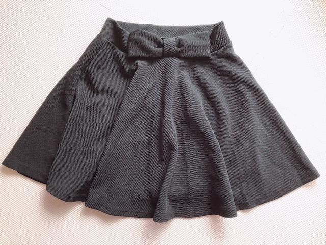 【新品】黒リボンスカート