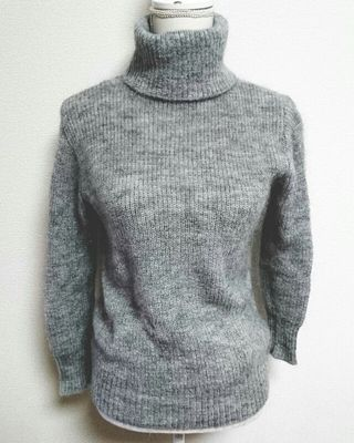 JUSGLITTY  ハイネックセーター