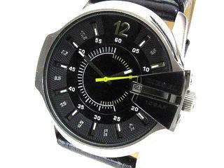 人気定番ディーゼル腕時計