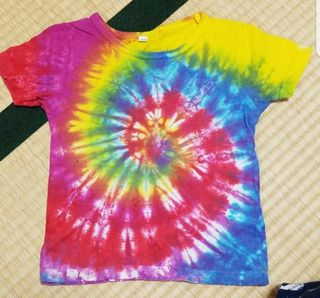 100Tシャツ
