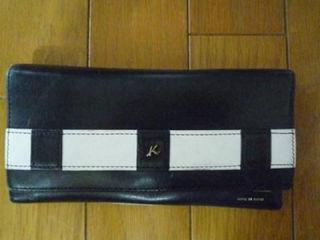 売り切り正規品横浜キタムラK2ファスナー二つ折り長財布