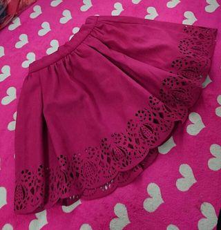 デュラスパンチングスカート