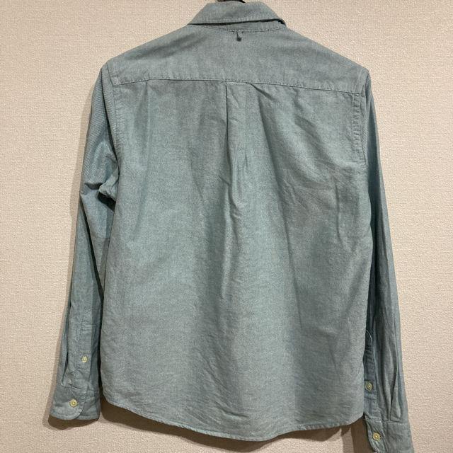 GU ジーユー ボタンダウンシャツ 薄い緑