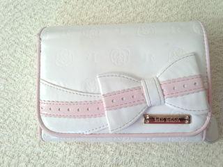 リズリサ 財布
