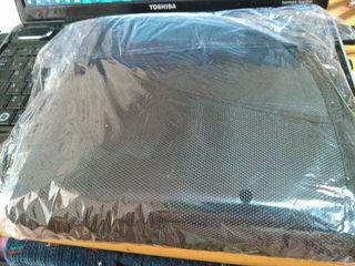 チャイルドシート 保護マット シートカバー 収納ポケット付き