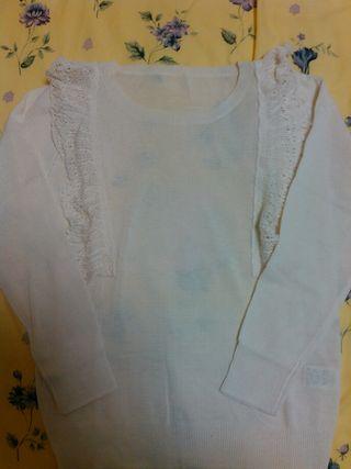 フェリシモ☆フリル付き白セーター☆美品