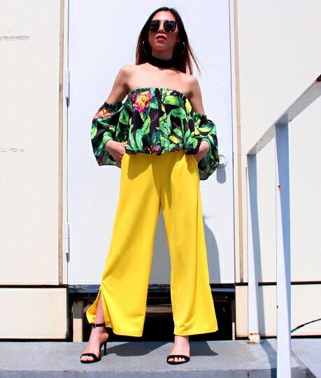ANAP 裾スリットカラーパンツ yellow(ANAP(アナップ) ) - フリマアプリ&サイトShoppies[ショッピーズ]