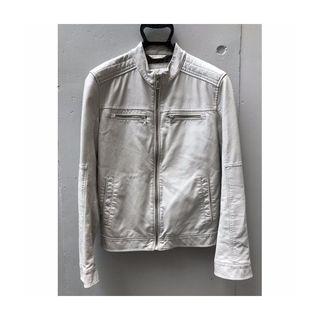 送料込■ ZARA ザラ ホワイト 本革 レザージャケット