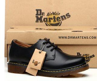 ドクターマーチンDr.martens靴ビジネスシューズ男女