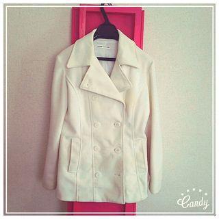 冬物アウターセール中!白のコート
