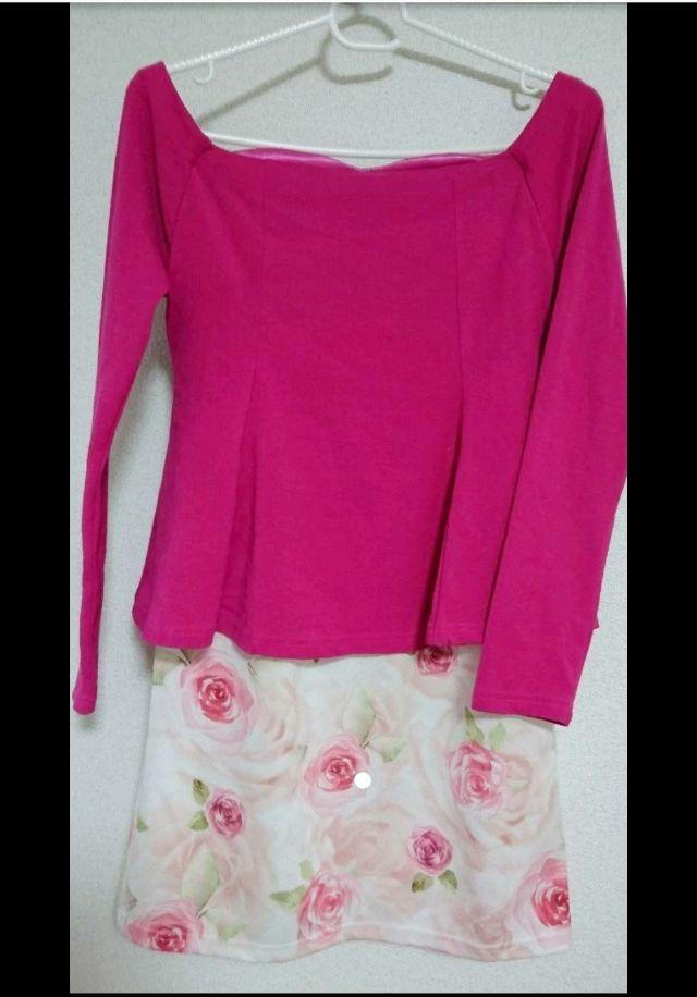 薔薇柄オフショルミニワンピ ドレス