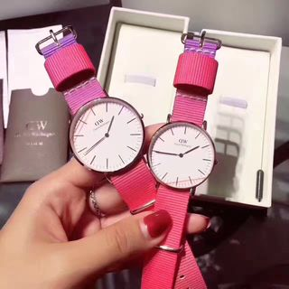 DanielWellington 腕時計 虹のデザイン