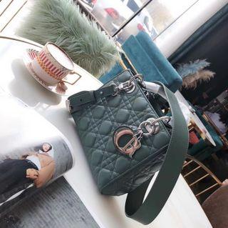 極美品Dior トートバッグ 新入荷!