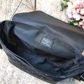 メンズショルダーバッグ 定番柄 ビジネス適用 大容量