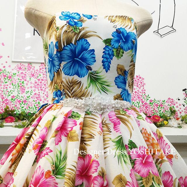 ウエディングドレス(パニエ無料) ハイビスカス柄(二色)