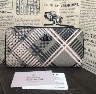 Vivienne Westwood ラウンドファスナー長財布