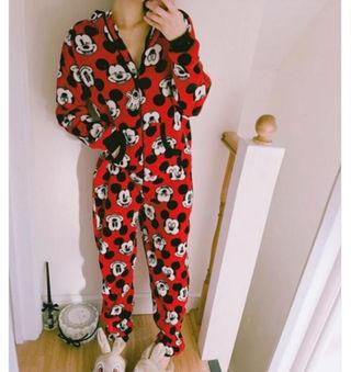 大人気!!!ミッキーカトゥーンアニメ連体パジャマ