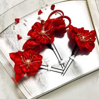 【激安セール★美品】赤い花の髪飾り★パール&ゴールド