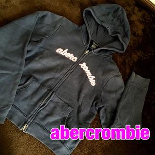 abercrombieロゴパーカー