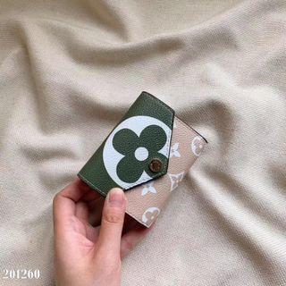 超人気美品国内発送財布