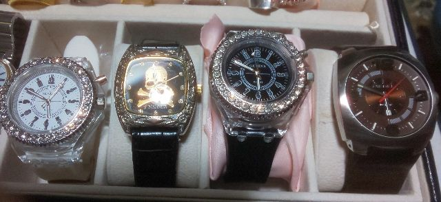 腕時計4本まとめ売り(DIESEL(ディーゼル) ) - フリマアプリ&サイトShoppies[ショッピーズ]