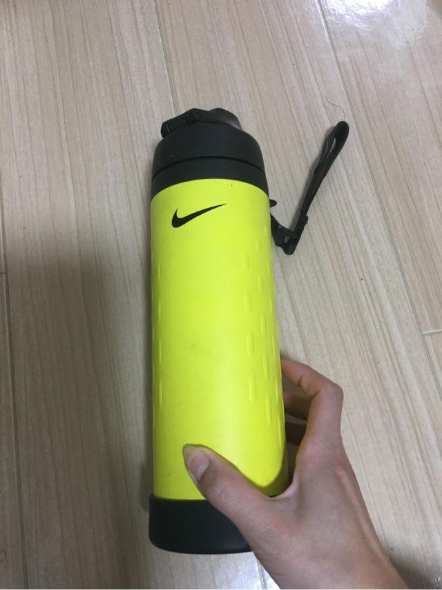 NIKE水筒  ライトニング様専用