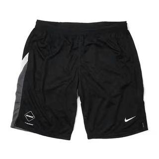 Nike×FCRB Bristol人気コラボ 2色有り