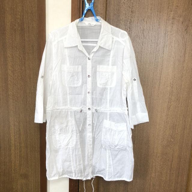 大きいサイズ白シャツ